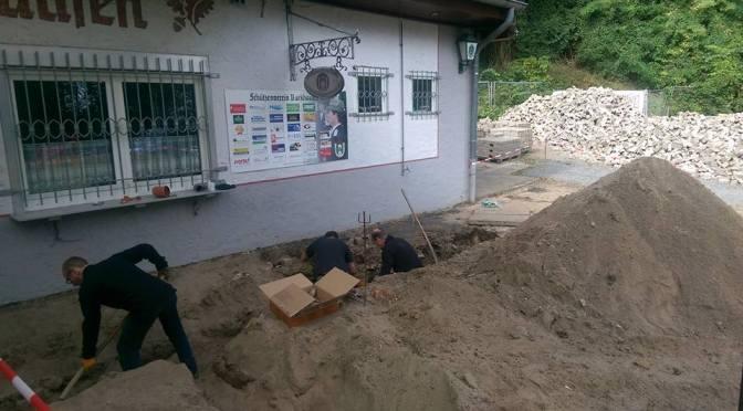 Verlegen neuer Leitungsrohre am Schützenhaus